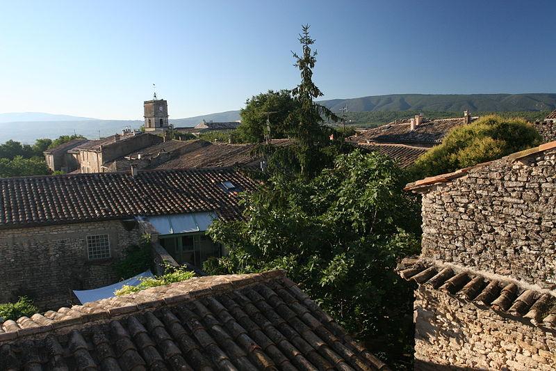 Vue toits de Goult